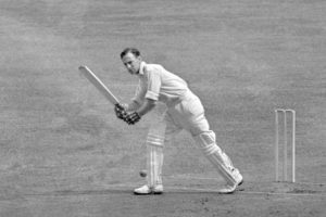 Len Hutton plays to leg side